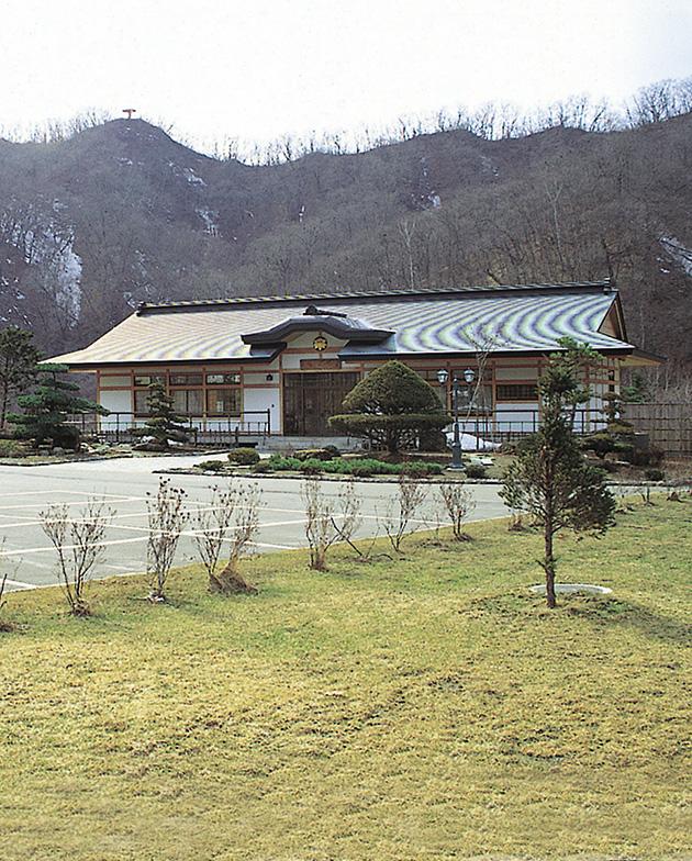 義経の館(休憩施設・観光物産センター)